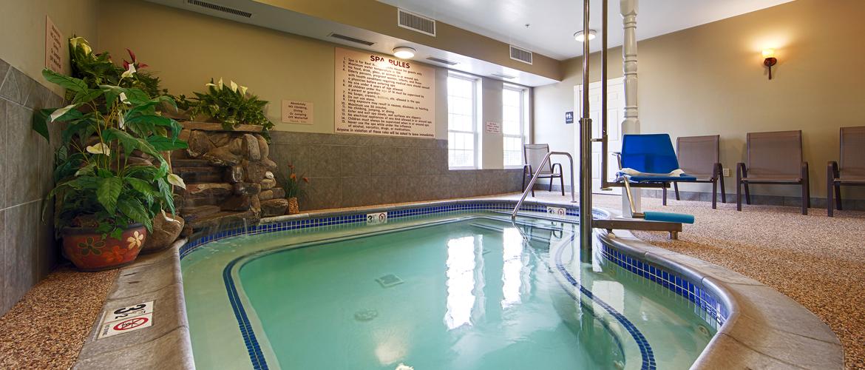 Bangor Maine White House Inn Indoor Pool